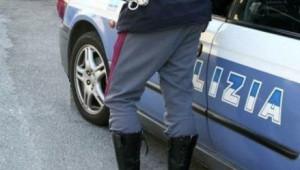 Torino, s'intrufola in un'auto (che era già stata rubata da altri): arrestato marocchino