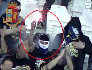 Torino: Italia – Bosnia, denunciati venti hooligan bosniaci