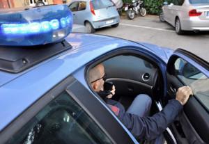 Torino: gli viene negato l'ingresso in un locale perché ubriaco, aggredisce il titolare