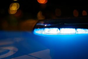 Torino: ruba portafogli a una ragazza in un pub e si spaccia per poliziotto