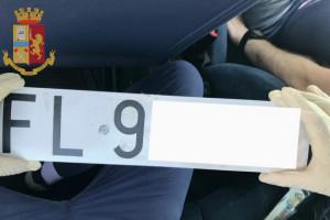 Furti di auto, trattori e ricettazione: arrestati in quattro