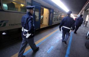 Violenta rapina in stazione, tre arrestati