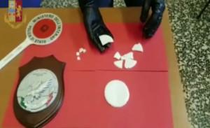 Torino: trovato nuovo laboratorio per la preparazione delle 'ostie' di crack