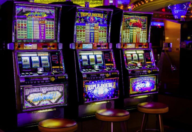 Torino, sicurezza: sequestrate nove slot-machine