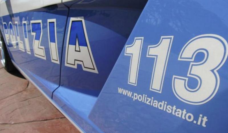 Torino: ubriaco minaccia passanti con pietre e cocci di vetro