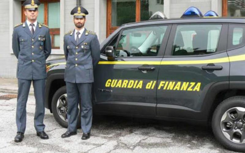 GDF Torino, chiusi i 'Coronavirus Shop', in vendita prodotti che garantivano 'l'immunità' contro il virus