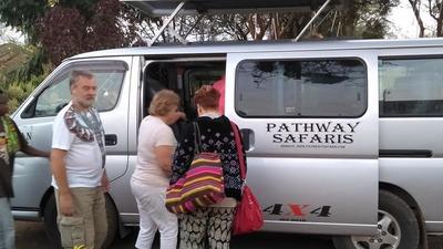 Trip russia guest get on van