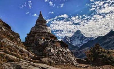 Everest base camp trek mt amadablam beautiful mountain of the world