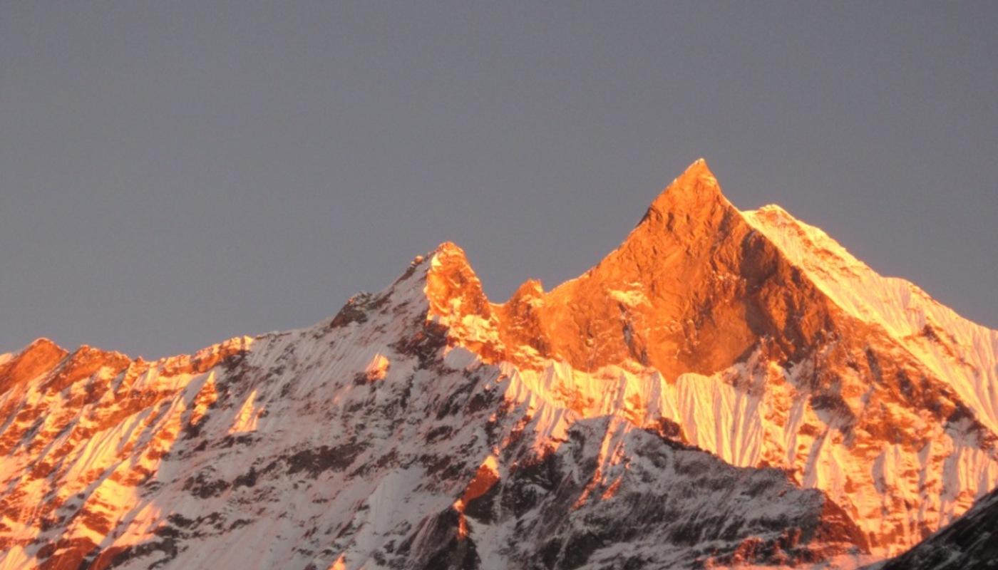Mt. fishtail sunset