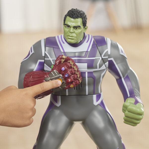 Marvel Avengers: Endgame - Black Panther Titan Hero con Power FX incluso (Action Figure da 30 cm) - Action figures