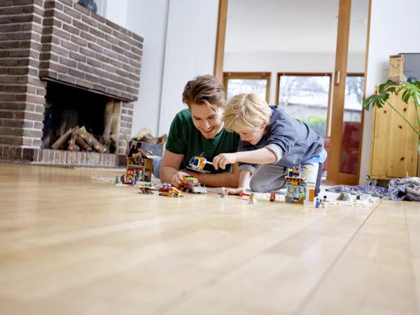 LEGO CITY  LEGO 60203 - Stazione sciistica