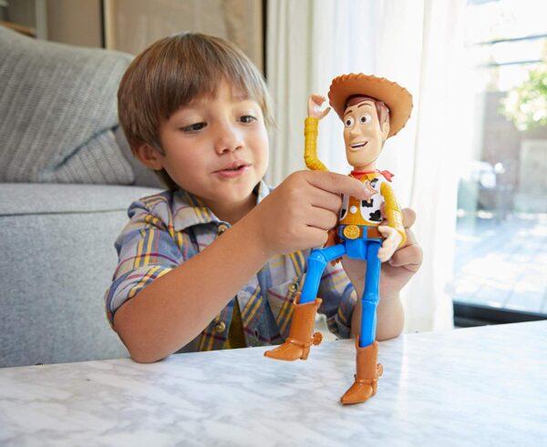 Toy Story- 4 Disney Pixar Woody Personaggio Parlante Articolato, da 18 cm