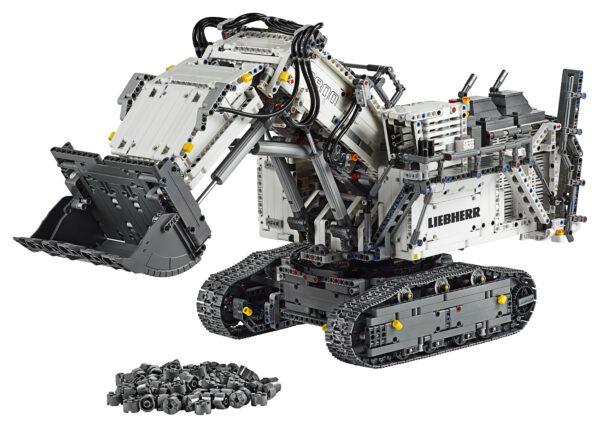 LEGO TECHNIC - Escavatore Liebherr R 9800 - 42100    LEGO TECHNIC