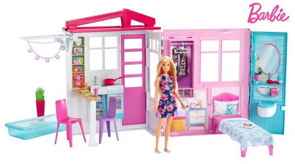 Barbie ?Loft con Bambola, Casa a 1 Piano, Portatile con Piscina e Accessori