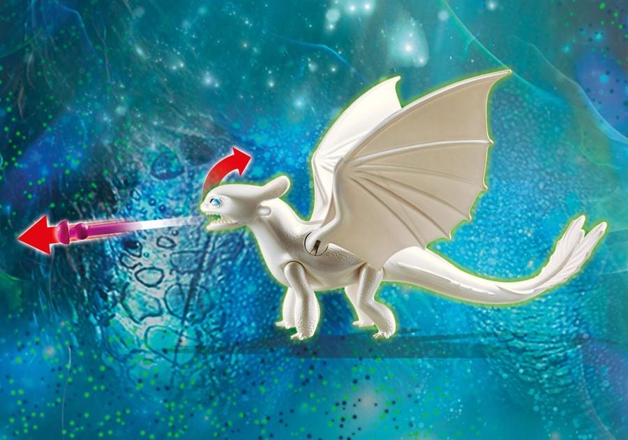 Furia chiara con baby dragon -