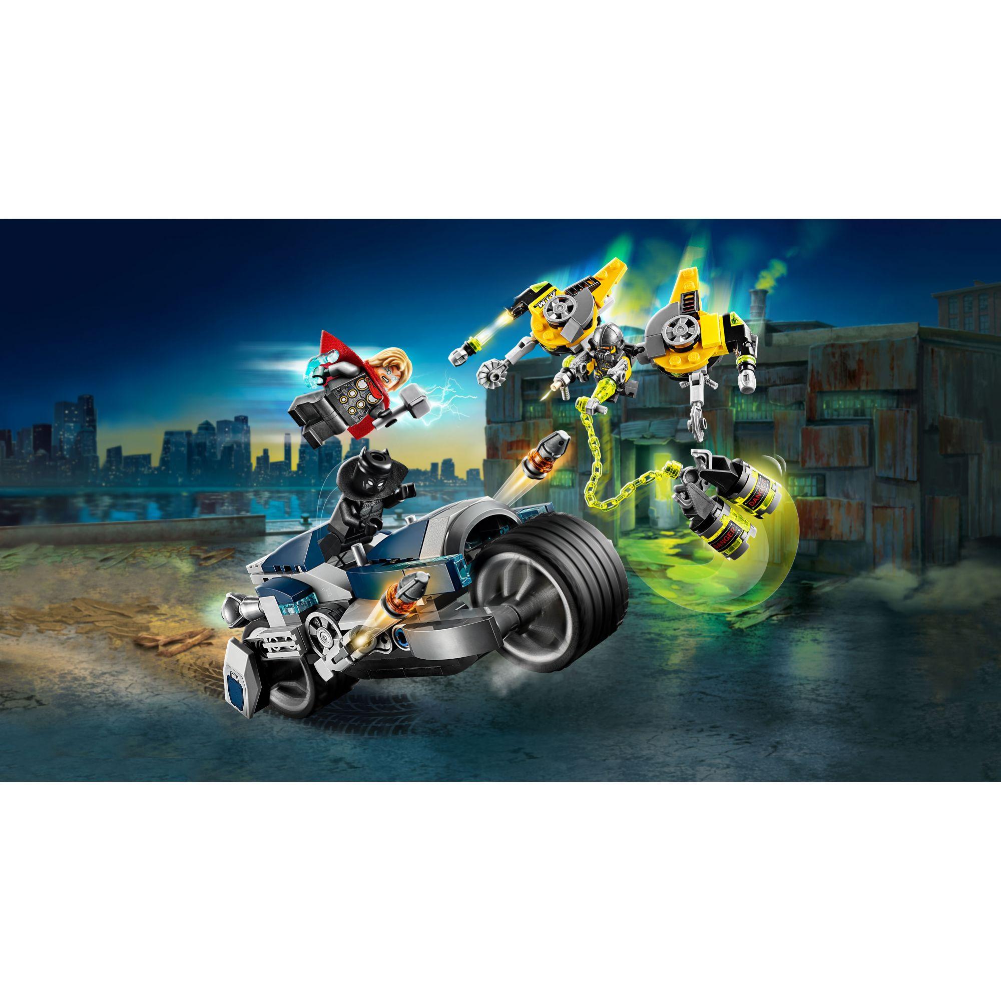 LEGO Marvel Avengers Movie 4 Avengers - Attacco della Speeder Bike - 76142