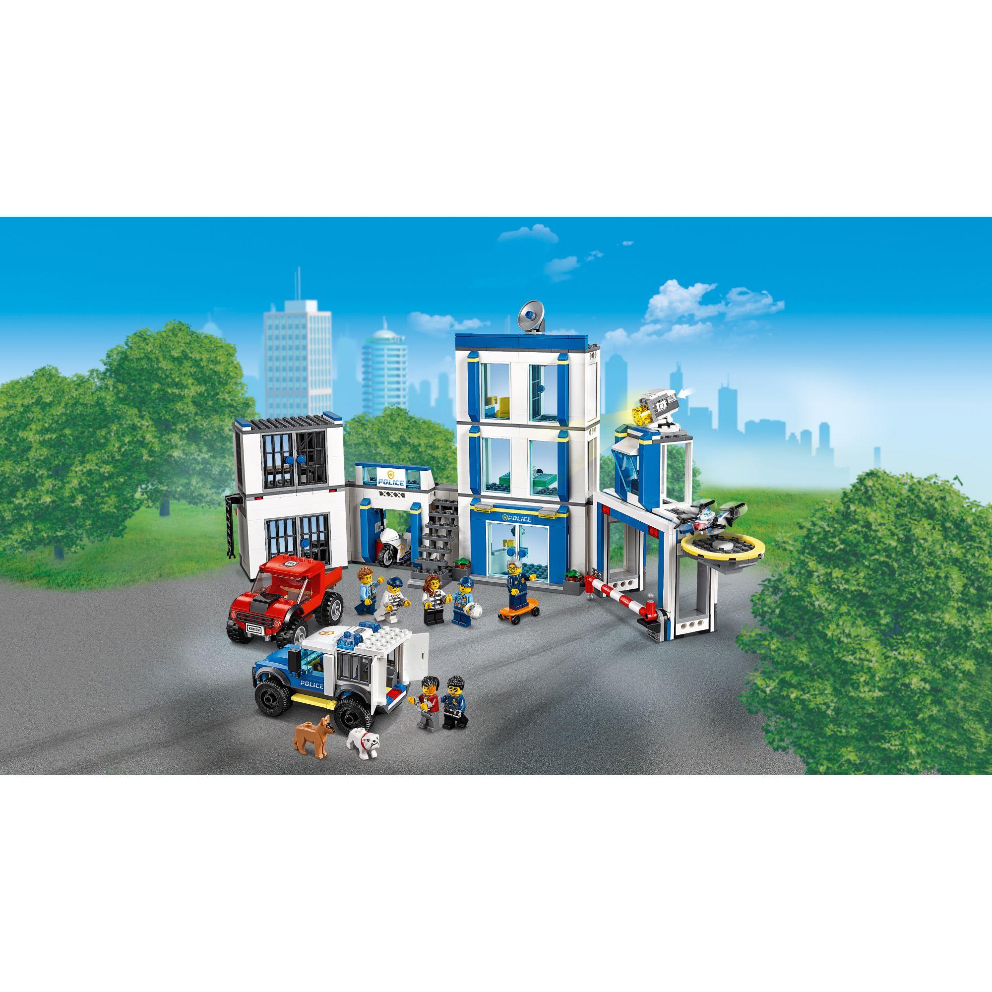 LEGO CITY   LEGO City Stazione di Polizia - 60246