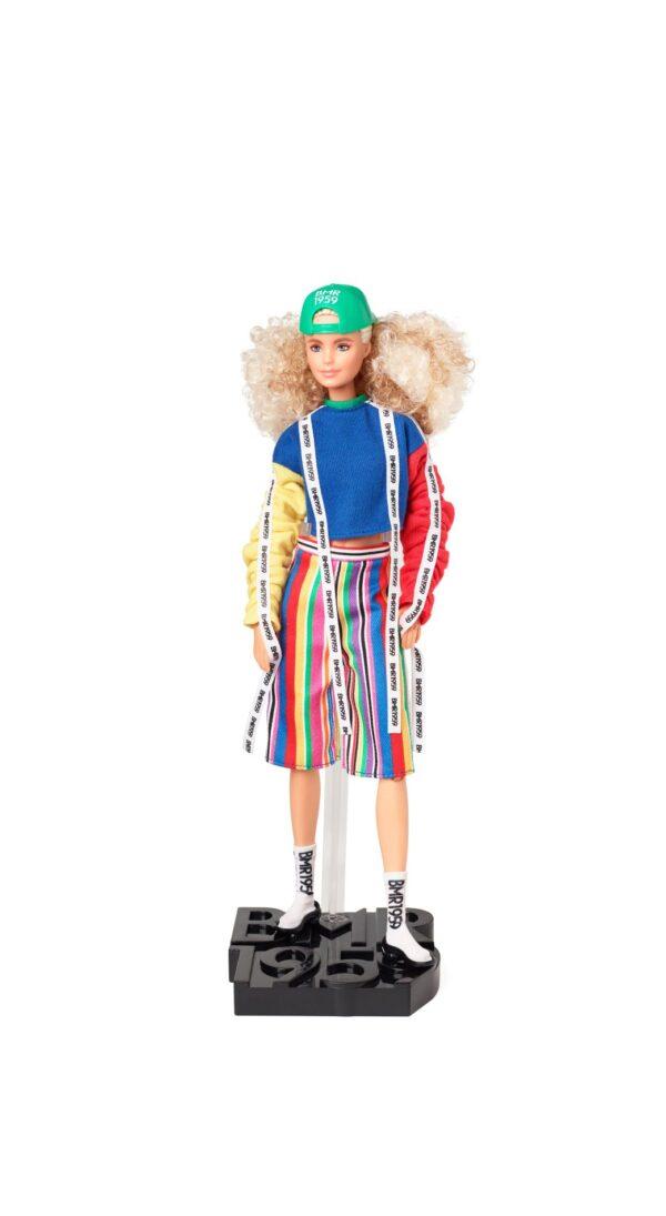 Barbie BMR1959 Bambola Snodata con Chignon e Look Sportivo Barbie
