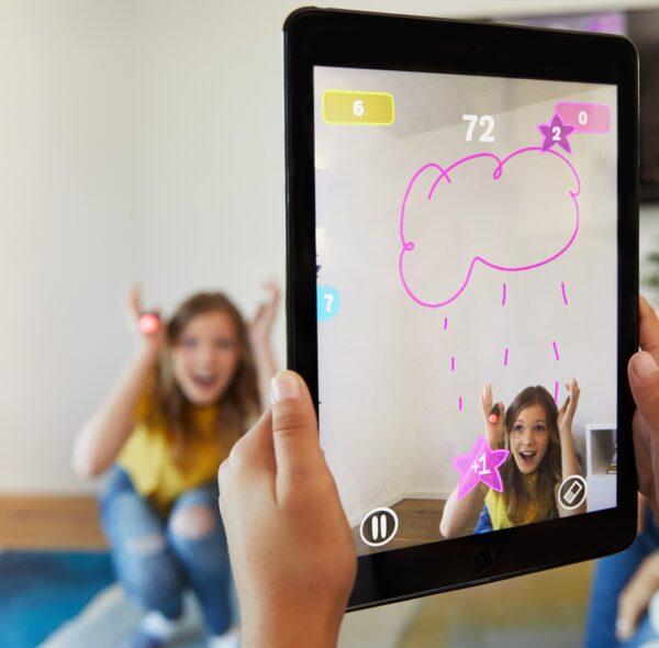 games  Pictionary Air-Gioco da disegnare, gioco per famiglie con penna luminosa e carte indizio