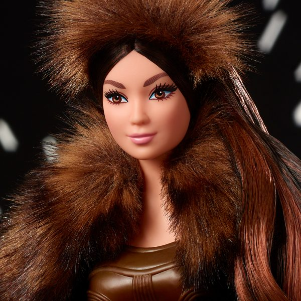 Barbie  Barbi- Star Wars Bambola da 30,5 cm Chewbecca, da Collezione, con Accessori, Piedistallo e Certificato di Autenticità