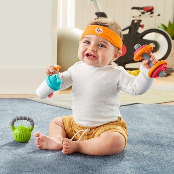 Fisher-Price- Set Regalo Baby Muscoli, 4 Giocattoli a Tema Fitness con Pesetti e Massaggiagengive    FISHER-PRICE