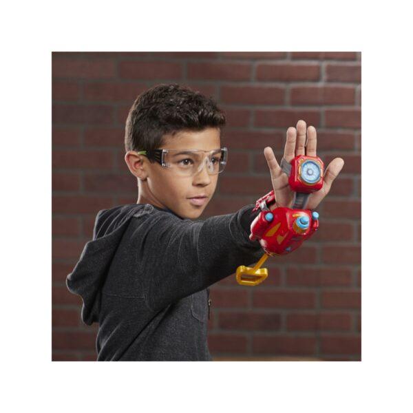 Avengers - Guanto di Iron Man Power Moves (Role Play con tecnologia Nerf lancia Dardi)