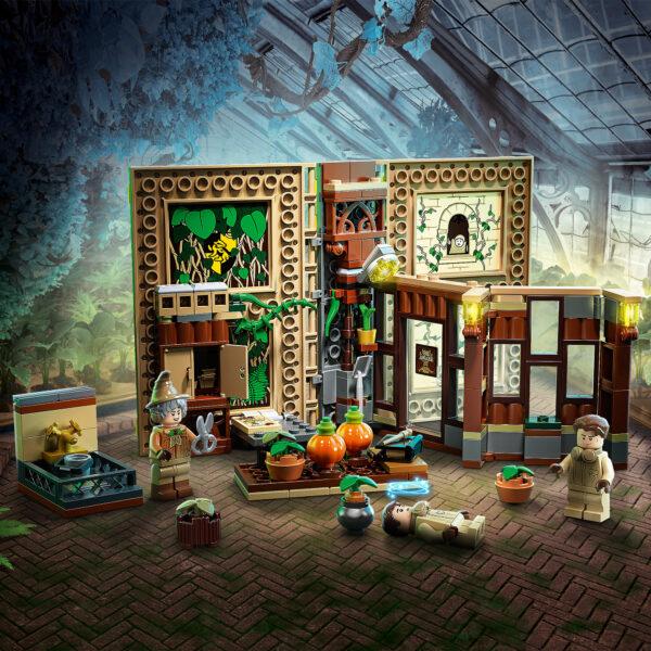 Harry Potter   LEGO Harry Potter Lezione di erbologia a Hogwarts - 76384