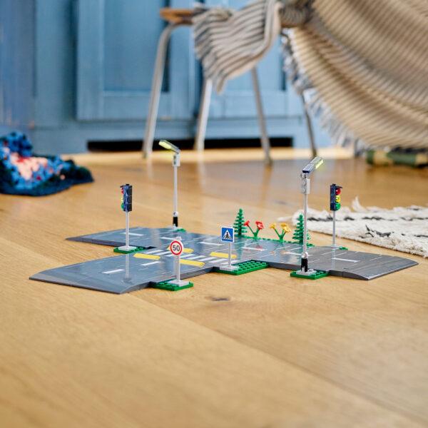 City LEGO City Piattaforme stradali - 60304