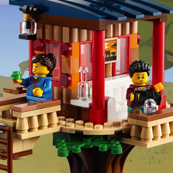 LEGO CREATOR   LEGO Creator 3 in 1 Casa sull'Albero del Safari, Biplano e Catamarano, Giocattoli per Bambini con Barca, Aereo e Leone, 31116