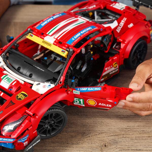 "LEGO Technic Ferrari 488 GTE ""AF Corse #51"" - 42125   FERRARI, TECHNIC"
