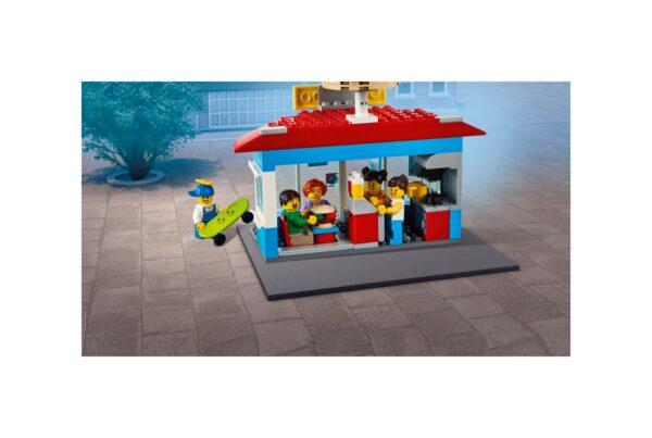 LEGO CITY Piazza principale