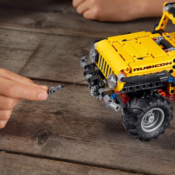 TECHNIC   LEGO Technic Jeep Wrangler - 42122