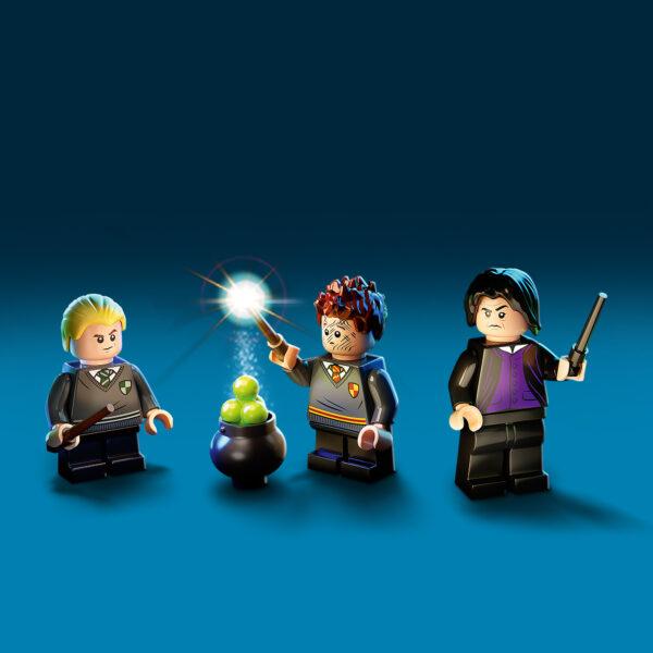 Harry Potter   LEGO Harry Potter Lezione di pozioni a Hogwarts - 76383