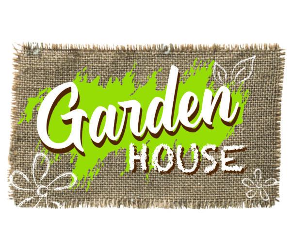 SMOBY  SMOBY - GARDEN HOUSE CON ACCESSORI PER IL GIARDINAGGIO, 7600810405