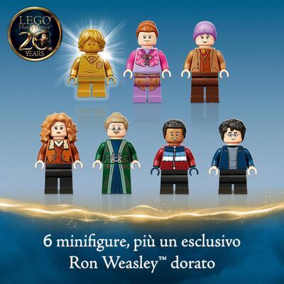 LEGO Harry Potter Visita al Villaggio Di Hogsmeade, Set Giocattoli per Bambini, Minifigure d'Oro del 20° Anniversario, 76388    Lego