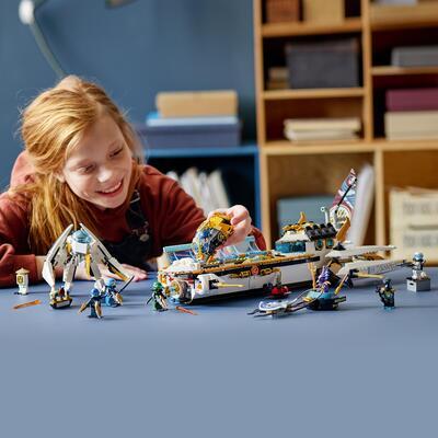LEGO NINJAGO Idro-Vascello, Sottomarino Giocattolo per Bambini di 9 Anni con le Minifigure dei Ninja Kai e Nya, 71756    Lego