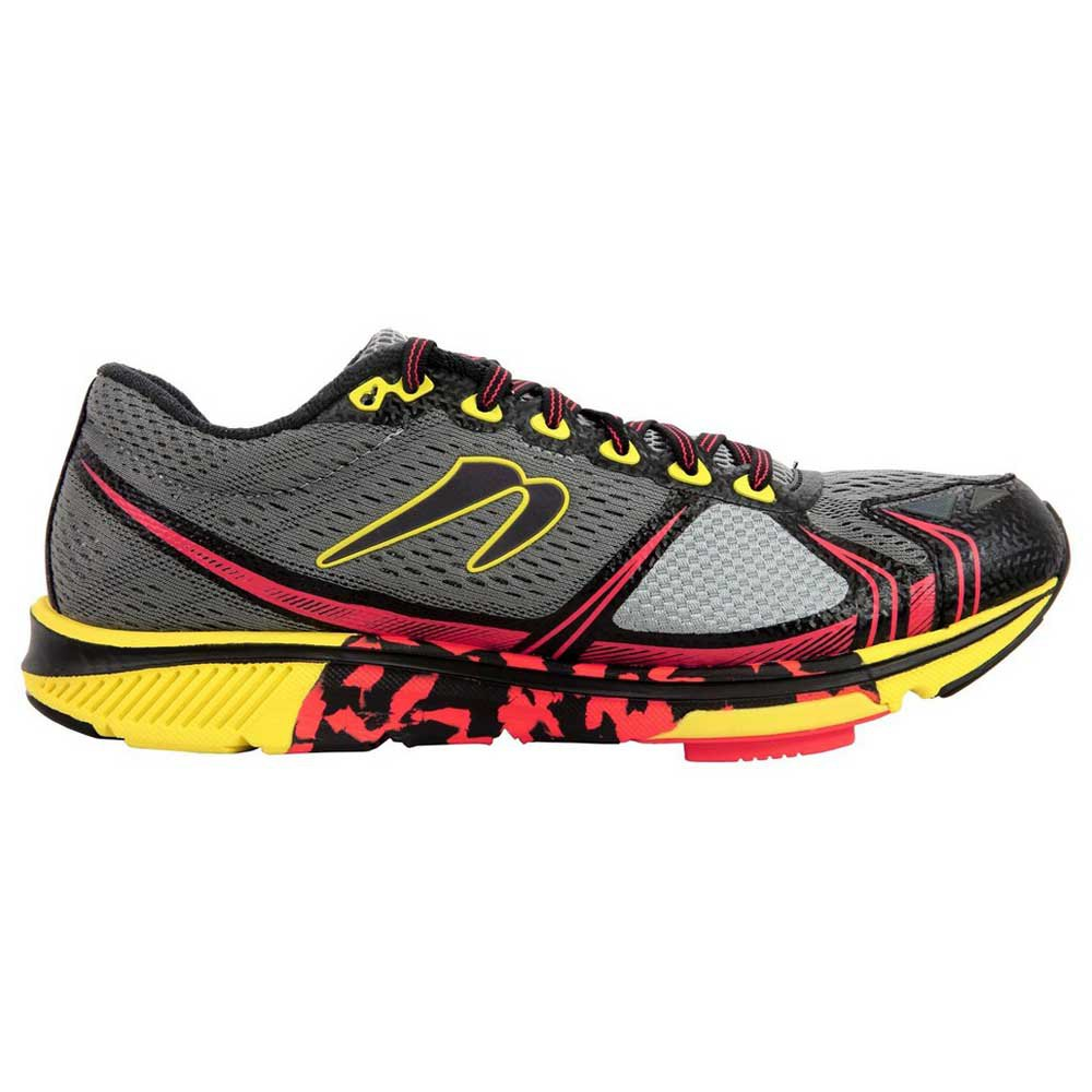 Newton Motion 7 EU 39 1/2 Charcoal / Yellow