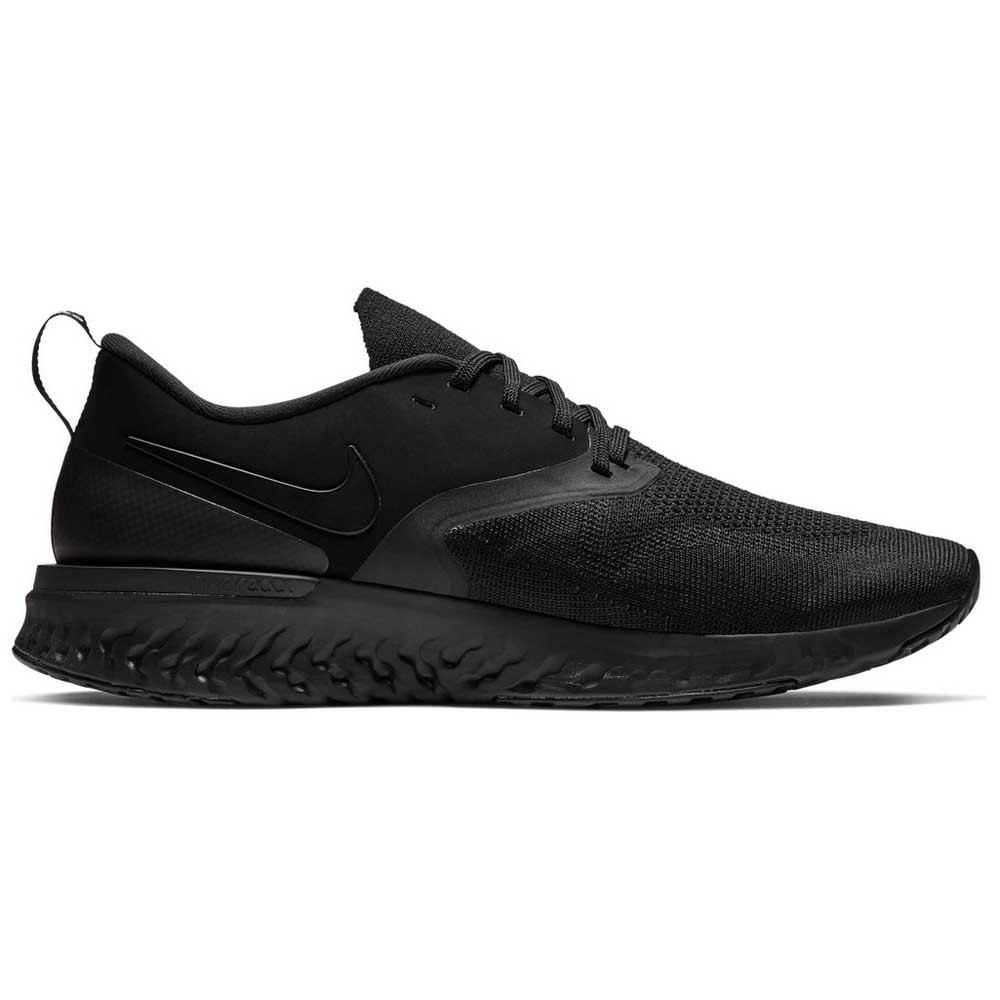 Nike Odyssey React 2 Flyknit EU 40 Black / White