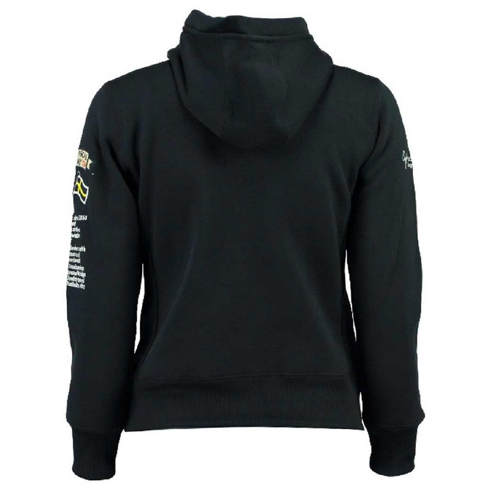 geographical-norway-gymclass-10-years-navy