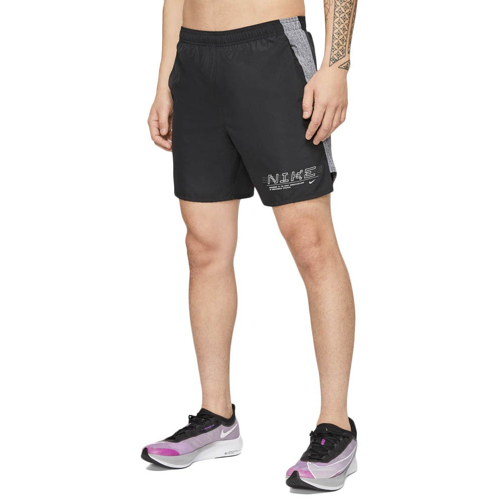 Nike Short Challenger Graphic Ff 7´´ XXL Black / Reflective Silver