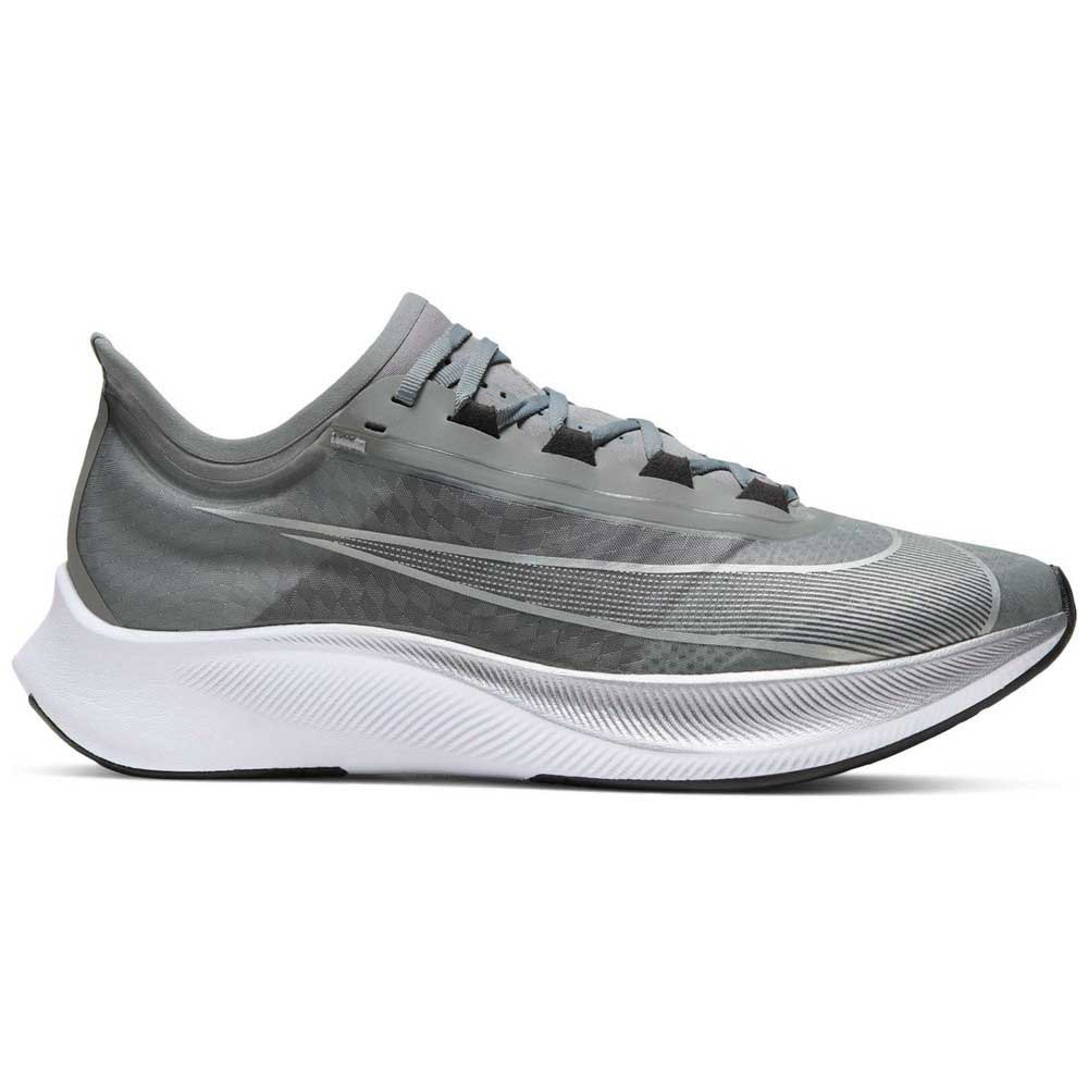 Nike Zoom Fly 3 EU 43 Particle Grey / Metallic Silver / Black