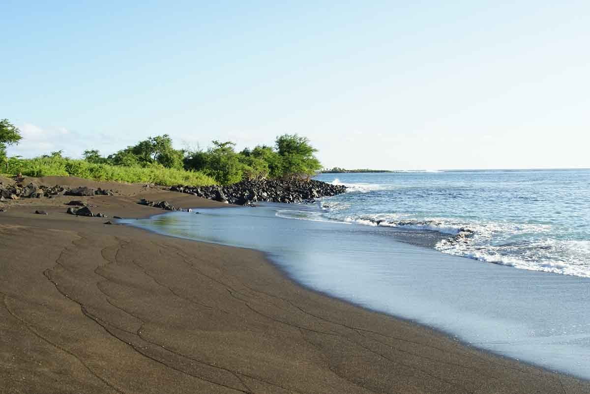 Black Beach | Galapagos