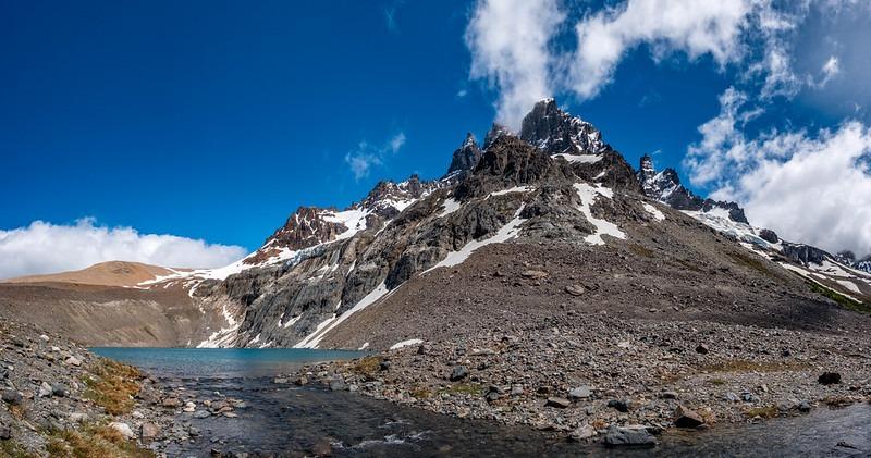 Castillo Mountain trekking tour