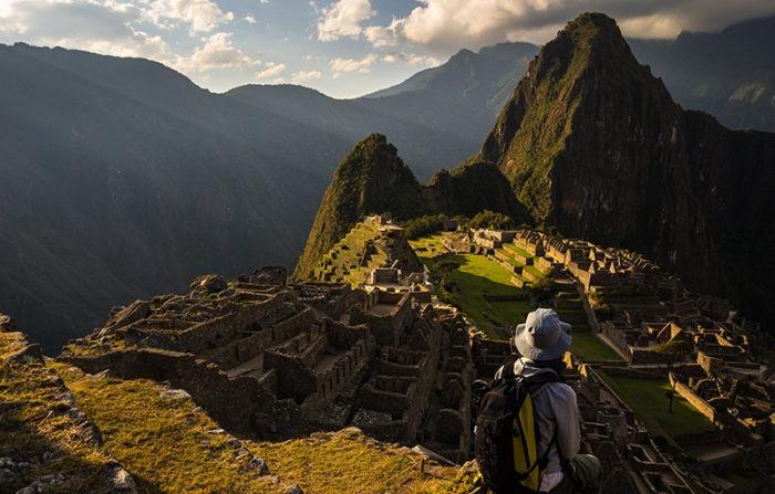 Inca Trail from Wiña Wayna