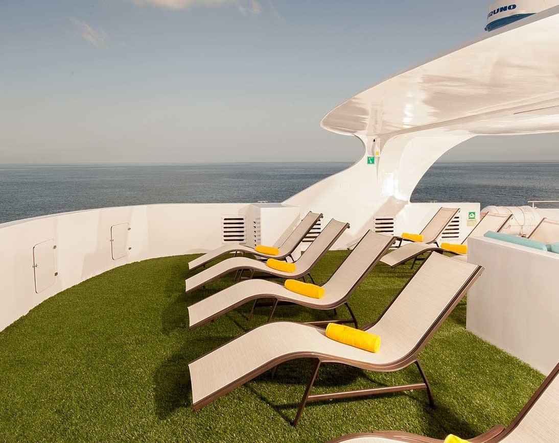 Eco Galaxy    Galapagos Cruises