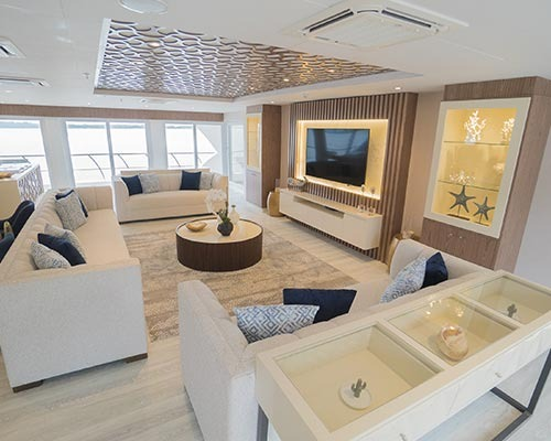 Lounge | Elite Catamaran