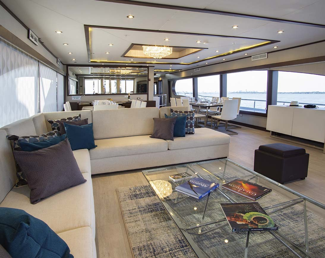 Living area | Grand Majestic Yacht