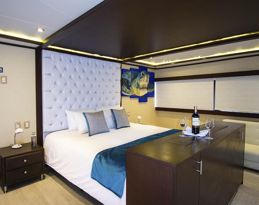 Cabin | Grand Majestic Yacht