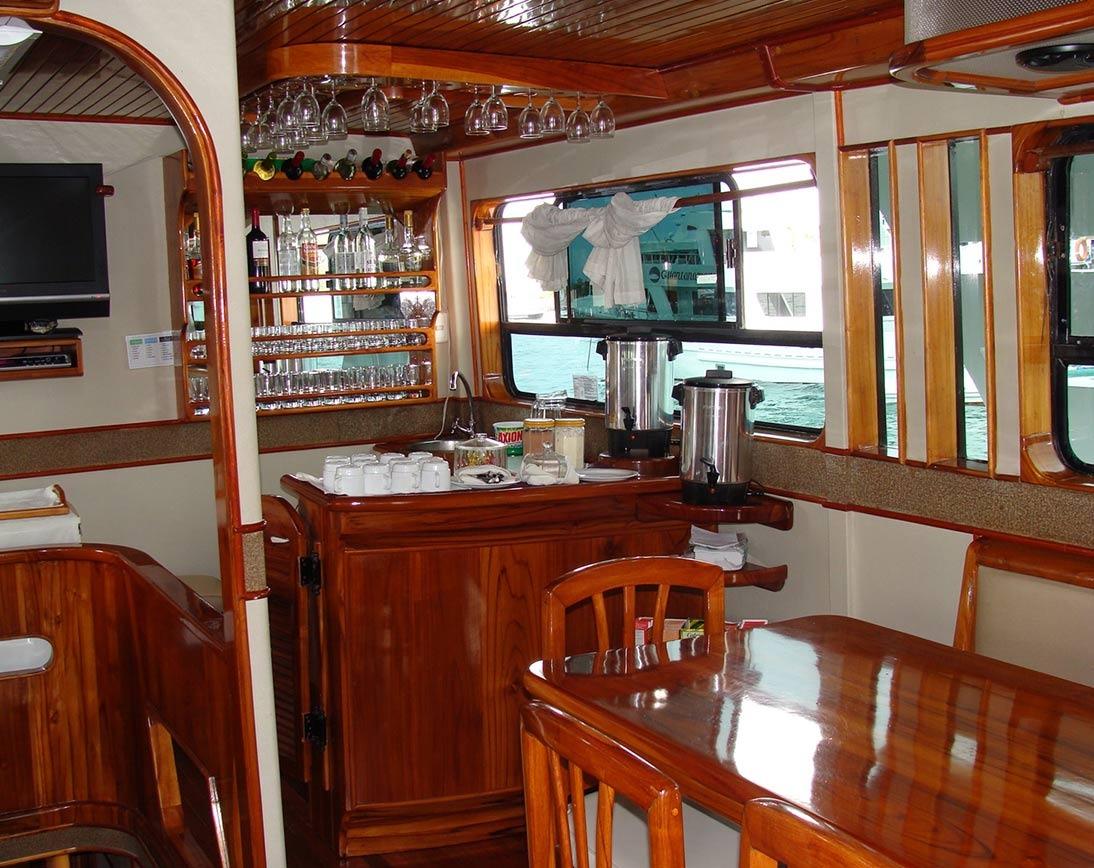 Bar   Aida Maria Yacht