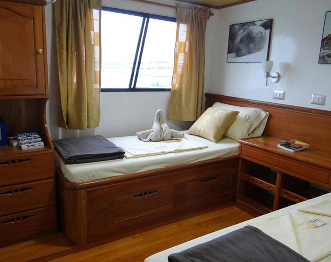 Bedroom | Angelito Yacht